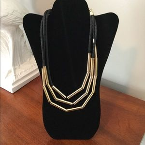 Jewelry - Gold Beaded Necklace